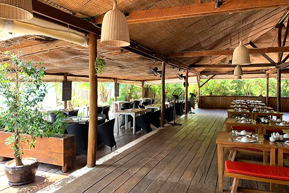 la terrasse restaurant terrasse view