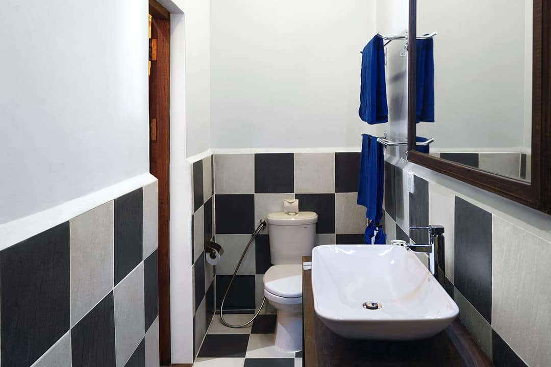 Pavilion Family Bathroom